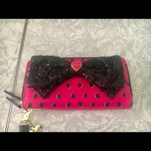 Betsey Johnson Pink & Black Wrist-Lit